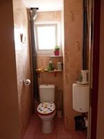Toilettes premier étage (Copier)